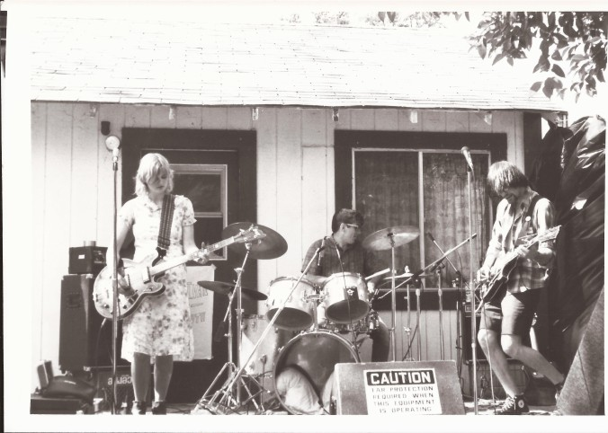Barbara Manning with 28th Day in Chico, SF, 1986. (Private photo from Barbara's own collection. All rights reserved.)