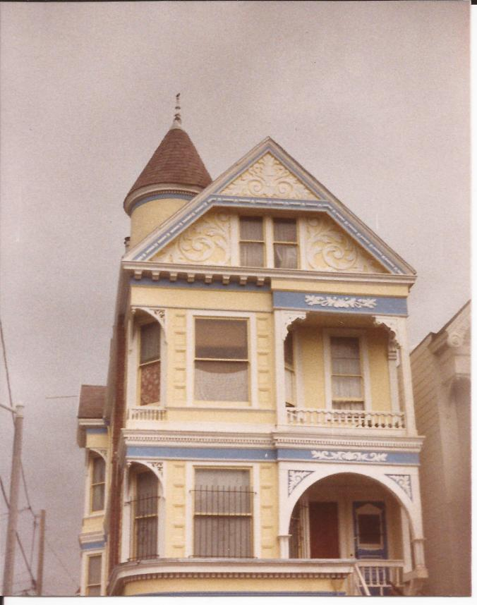 This is where I lived from 1986-1989 in San Francisco with my sister and a bunch of friends. Lots of bands stayed here and a few memorable parties occurred during this time. (Private photo from Barbara's own collection. All rights reserved.)